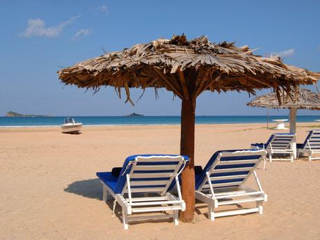 Het mooie strand van Nilaveli in het oosten van Sri Lanka