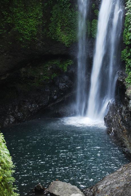 Wasserfall im Landesinneren