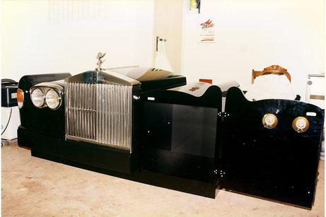 nach dem lackieren und Anbau von Kühler und Lichtanlage, vor dem Innenausbau
