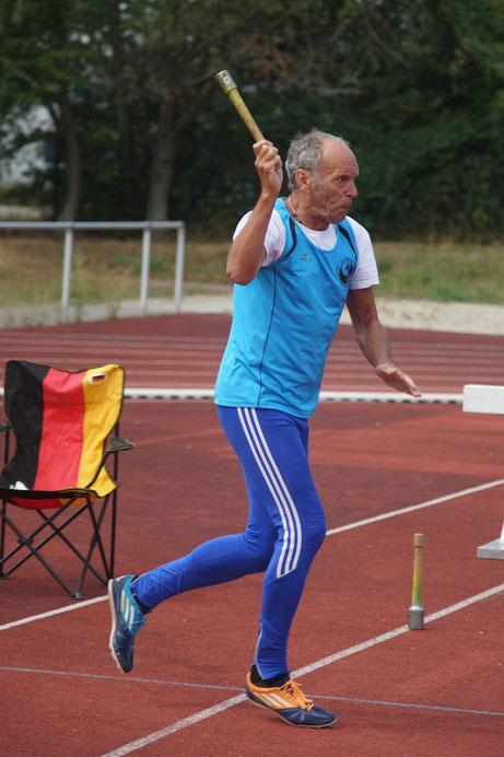 Vielseitigkeitsathlet Reinhard Rhaue bei einem seiner zahlreichen und gelungenen Starts.