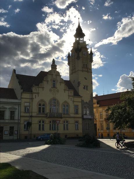 Das schöne Rathaus von Lovosice.