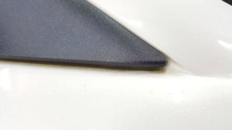 RX‐8のサイドミラーステーの水垢・黒ずみ