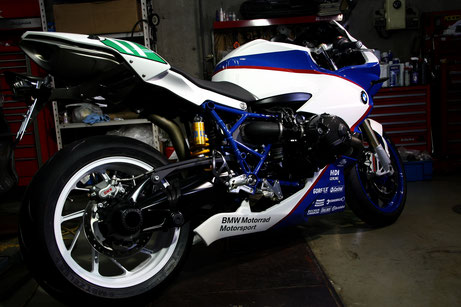 HP2スポーツの磨き・ガラスコーティング完成 バイクコーティング 埼玉所沢