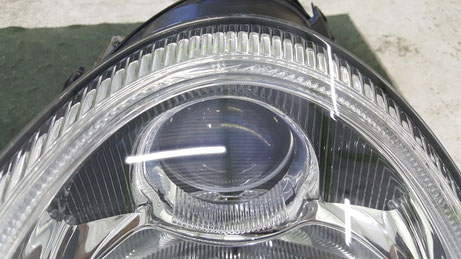 透明度が復活した996のライト プロジェクターも見えます