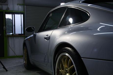 ポルシェ993 ポーラシルバーのボディコーティング完成 塗装の研磨・艶改善