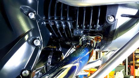 R1200GSのエンジンコーティング 埼玉の車磨き専門店