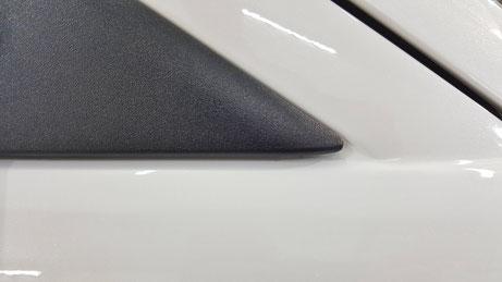 RX‐8サイドミラーステーの黒ずみ除去