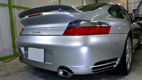 996ターボのコーティング施工 ポルシェの研磨・ガラスコーティング 埼玉所沢 川越 川口