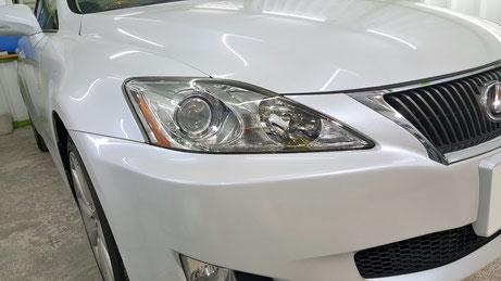 ヘッドライトの黄ばみ・曇りが改善されたレクサスIS