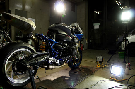 HP2スポーツのカウルを脱着して洗浄 バイク磨き・コーティング 埼玉のバイク磨き専門店