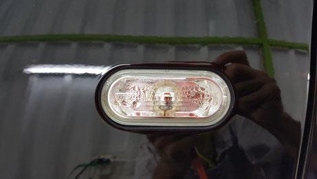 ルポGTIのウィンカー隙間の汚れ除去