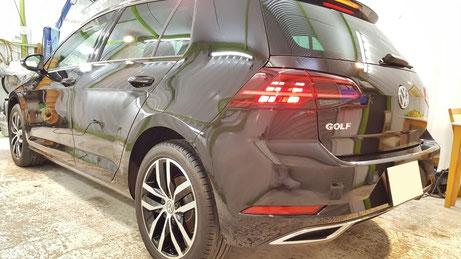 ゴルフ7新車のコーティング完成 埼玉三芳の車磨き専門店 深みのある黒い塗装