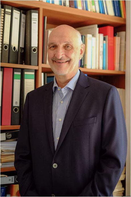Prof. Wolfgang Eich (65)