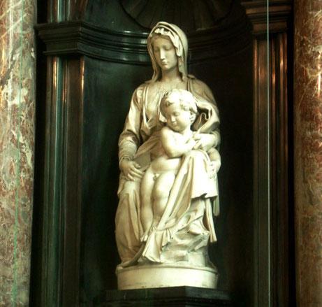Самые известные работы Микеланджело - Мадонна Брюгге