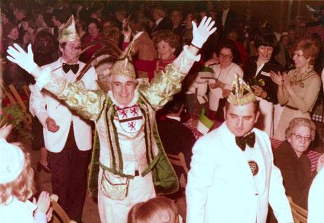 1977 - Einzug von Prinz Hubert I. ins Festzelt