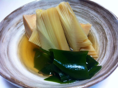 """で早々に若竹煮にしました。 超旨いし! このへんの食べ物が普通に""""美味しい""""って思える歳になったんだな~と、、、、"""