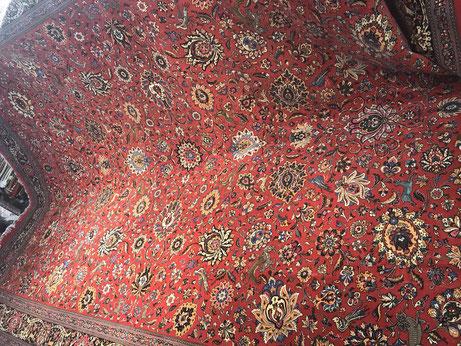 QUMwool&silk 約405x302 12㎡大きすぎて店内では広げられずすみません。