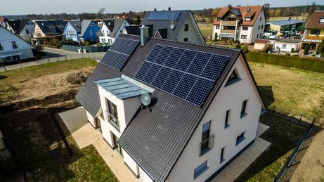 Photovoltaikanlage Eigenverbrauch ohne Netzeinspeisung Finanzamt EVU Meldung