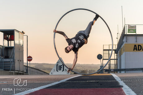 Cyr_Wheel_Artist_Richard_Weber_Cyrwheel_Sachsen_Ring