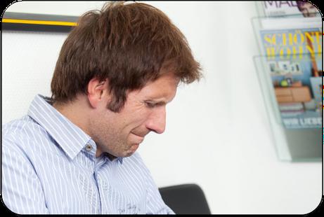 Parodontose beginnt oft schleichend und unbemerkt (© proDente e.V.)