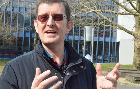 Solar-Pionier Louis Palmer zu Gast an der Kantonsschule Alpenquai Luzern im März 2021