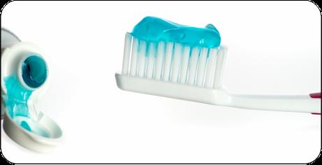 Worauf muss ich bei der Auswahl meiner Zahnpasta besonders achten? (© von Lieren - Fotolia.com)