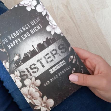 Sisters von J. S. Wonda