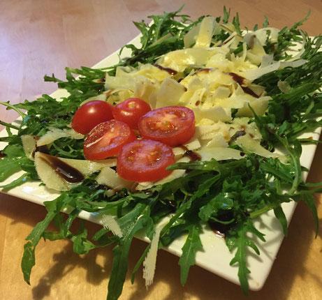 Rucola mit Parmesan und Bio Olivenöl