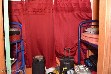 4人部屋。ちょっと狭いが清潔です。