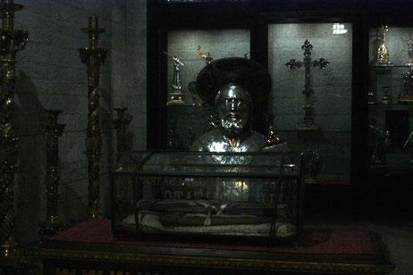 Reliquienkammer in der Basilica San Nicola