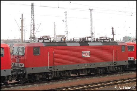 143 179-0 (MEG 601) steht am 15. März 2015 im Vorfeld von Halle Hbf. und wartet auf neue Aufgaben