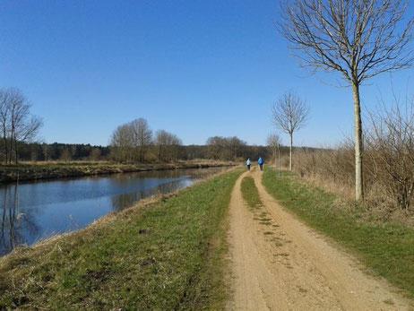 Elebe- Lübeck- Kanal. In jeder Jahreszeit schön!