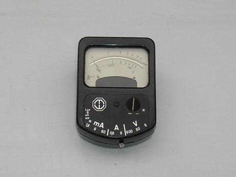 Universal Multimeter von Metrawatt Mod. Metravo von 1962