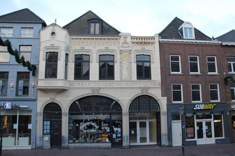 Neerstraat 10 Roermond, rijksmonument winkelpand Jugendstil architect Dupont