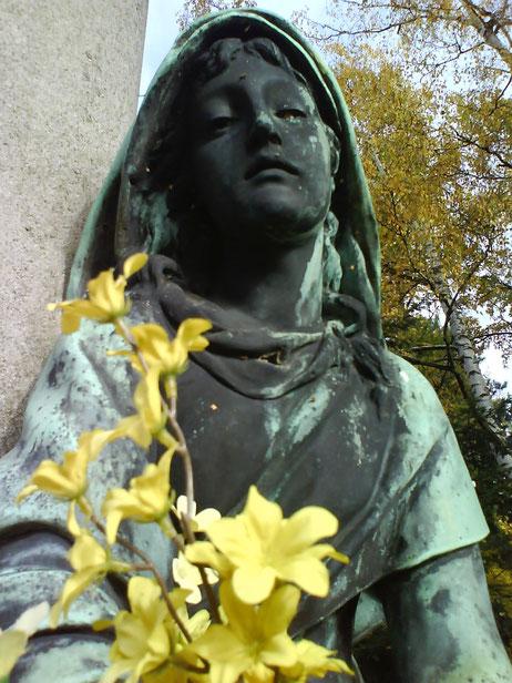 Grab eines verstorbenen Kindes