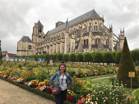 vivir en Francia, costumbres francesas, comida en Francia, pueblos de francia, gerberoy, una colombiana en francia