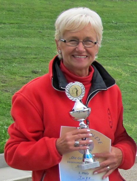Vereinsmeisterin 2013 Tête-à-Tête - Inga Habenicht