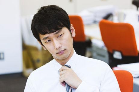 頚椎症に悩む奈良県香芝市の男性