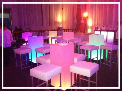 Periquera Lounge Iluminada Inalambrica