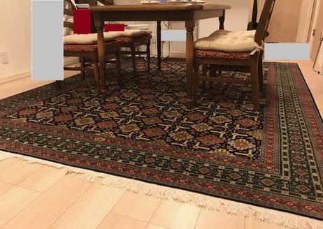 TABRIZ GOBAデザイン  約2mX3mとても細かい織の絨毯