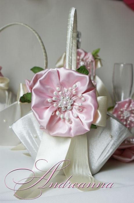 Корзинка цветок сакуры, стоимость 300грн