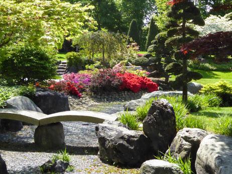 Trockenes Wasser im japanischen Garten