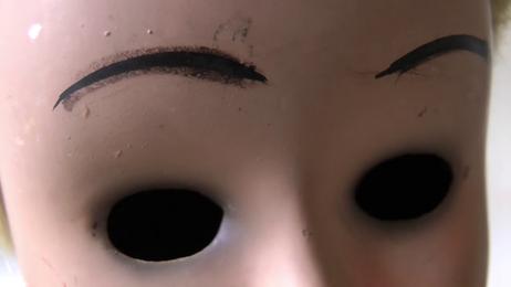 """gabrielle zimmermann - videostill from """"rêves obscurs - aux pays des poupées VII"""", 2018"""