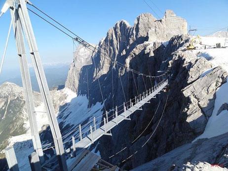 Dachstein mit Hängebrücke auf 3000m