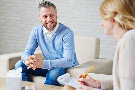 Motivierungstechniken und Lenkungstechniken. Die Sprache der Psychotherapeuten, Fortbildung Psychologie & Kommunikation, Seminar in Solingen, Inhouse-Schulung bei Ihnen vor Ort oder Online-Seminar via Zoom oder Skype