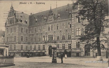 Das Regierungsgebäude am Domplatz
