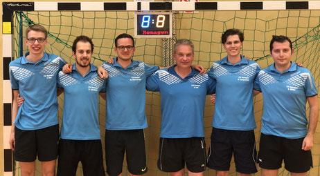 1. Mannschaft (v. l. Tobias Dörr (Ersatzmann), Robert Larscheid, Michael Kleinschmager, Guido Lenz, Daniel Jacquemien und Kevin Müller