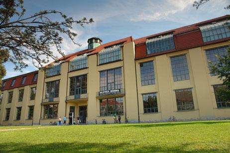 Das Hauptgebäude der heutigen Bauhaus-Univerität