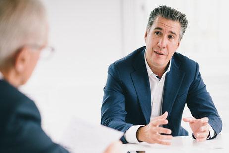 AA-Herausgeber Dietmar Dworschak im Gespräch mit Ing. Michael Schmidt, der mit seinem Familienunternehmen auf eine über 20-jährige Geschichte zurückblickt.