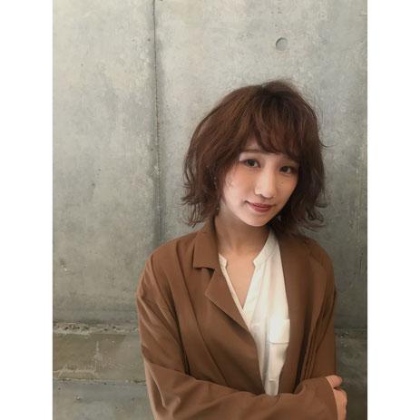 横浜・石川町、美容室Grantus,ヘアスタイル、ミディアム、ボブ、外国人風カラー